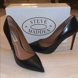 Steve Madden Black Authentic Leather Pumps/Heels!